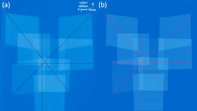 Imágenes de la película radiocrómica escaneada (a) y de la distribución de kerma en aire generada por el algoritmo (b), ambas con los perfiles analizados superpuestos.